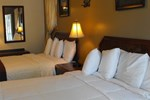 Отель Lake George Townhouse & Suite