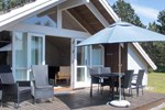 Апартаменты Holiday home Fasanlunden C- 1095