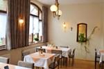 Отель Hotel Zur Hallenburg