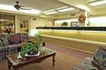 Отель Executive Inn and Suites College Station