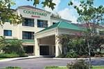 Отель Courtyard Clarksville