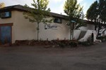 Хостел SnowMansion Taos Hostel Classic Ski Lodge Inn & Campground