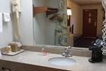 Отель Eastwood Inn