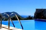Villa Blue Garden