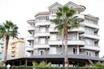 Отель Vila Verde Beach Hotel