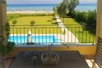 Вилла Villa Thalassa Kalamaki Beach House
