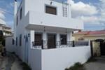 Lardos House