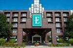 Отель Embassy Suites Detroit - Livonia/Novi