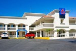 Отель Motel 6 Carlsbad South