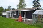 Апартаменты Holiday home Tjørnerenden D- 4824
