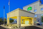 Отель Quality Inn & Suites East