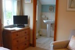 Мини-отель White Cottage Bed and Breakfast