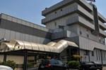 Отель Al Fogher