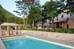 Апартаменты Holiday home in Gubbio with Seasonal Pool III
