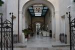 Отель Belami