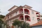 Апартаменты Apartment in Tisno V