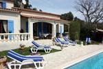 Villa in Bagnols En Foret