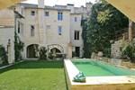 Villa in Bouches Du Rhone III