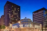 Crowne Plaza Hotel St. Paul-Riverfront