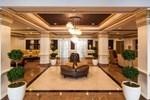 Отель Hamilton Crowne Plaza Hotel