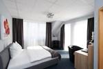 Отель Komm' In Hotel