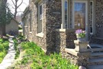 Aberdeen Stone Cottage B&B