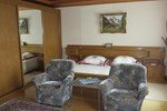 Апартаменты Holiday Home Mergenhofweg
