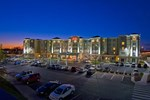 Отель Hampton Inn & Suites Washington-Dulles International Airport