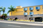 Отель Hawthorn Suites Manhattan Beach