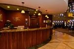 Отель Wyndham Garden Carson Station Casino Hotel
