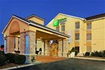 Отель Holiday Inn Express Hotel & Suites Crossville