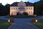 Отель Gutsherrenhaus Neddesitz by Precise
