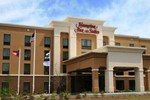 Hampton Inn and Suites Savannah-Airport