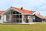Апартаменты Three-Bedroom Holiday home in Otterndorf 12