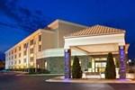 Отель Holiday Inn Express Greensboro-I-40 at Wendover