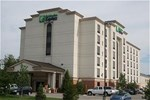 Отель Holiday Inn Express Hotel & Suites Bloomington