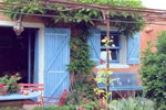 Апартаменты Holiday home Simiane-La-Rotonde