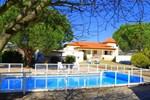 Отель Casa do Chafariz , House with Swimming Pool