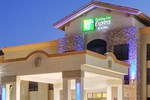Отель Holiday Inn Express Hotel & Suites Atascadero