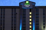 Отель Holiday Inn Express Atlanta North Perimeter/Dunwoody