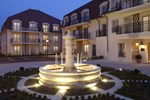 Médicis Burgundy Home