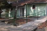 Отель Sikondai Gyermektábor és Természetbarátok Háza