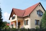 Апартаменты Balatonalmadi Holiday Home 1