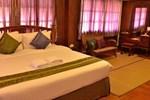 Отель Baan Kham Wan Hotel