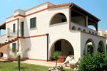 Апартаменты Appartamento Prato Inglese Sinistro
