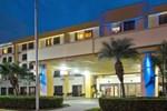 Отель Holiday Inn Express Hotel & Suites Miami - Hialeah (Miami Lakes)