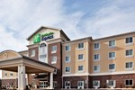 Отель Holiday Inn Express & Suites Statesville