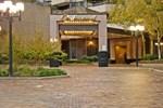 Апартаменты Oakwood Crystal City