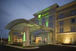 Holiday Inn Airport Town Center