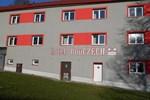 Отель Hotel BouCZECH economy